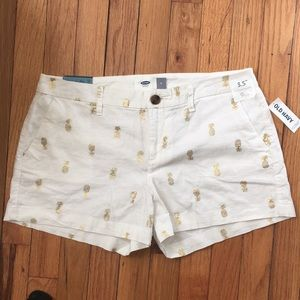 Old navy linen pineapple shorts